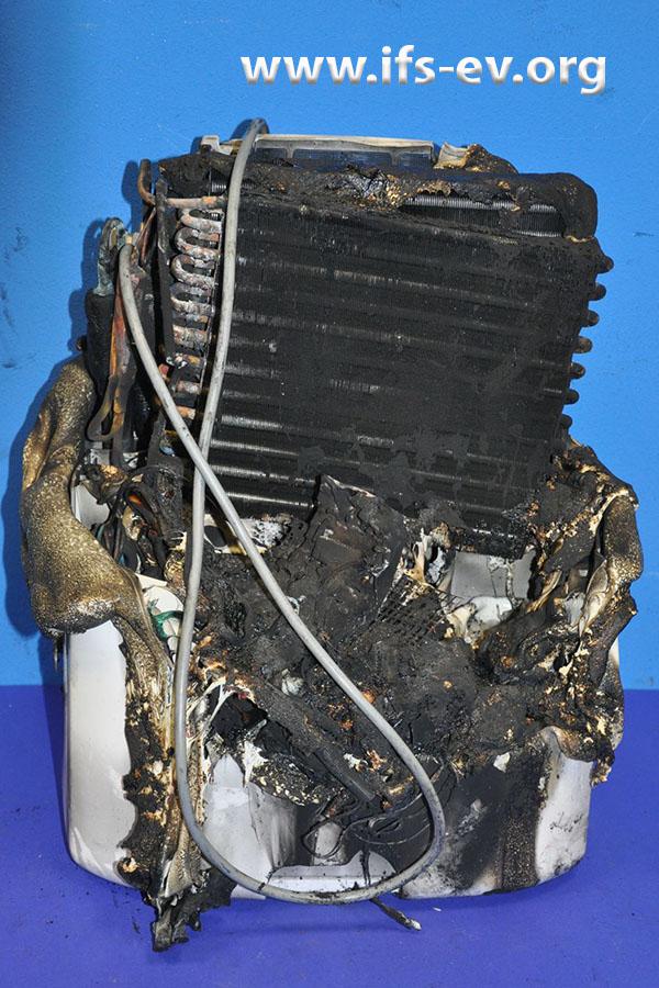 Ein Honeywell-Luftentfeuchter mit Brandschaden