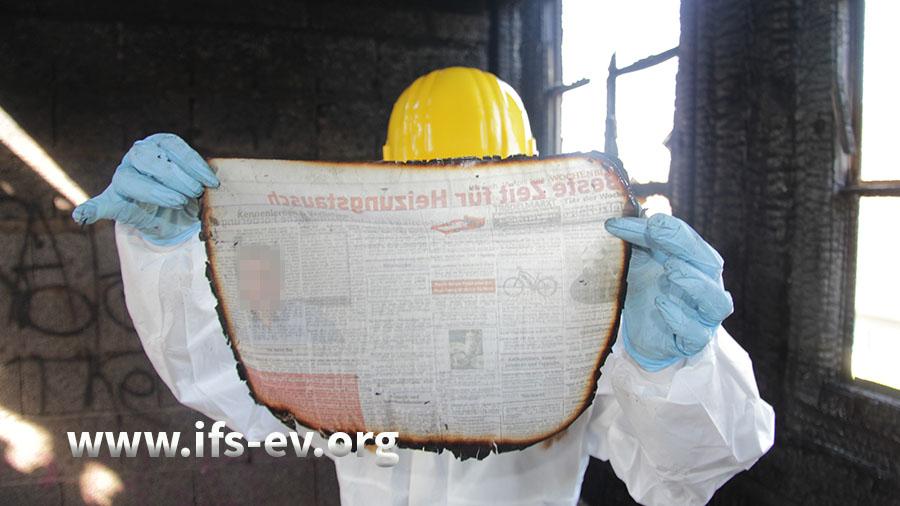 Im Haus hat die Zeitung vom Folgetag gebrannt.