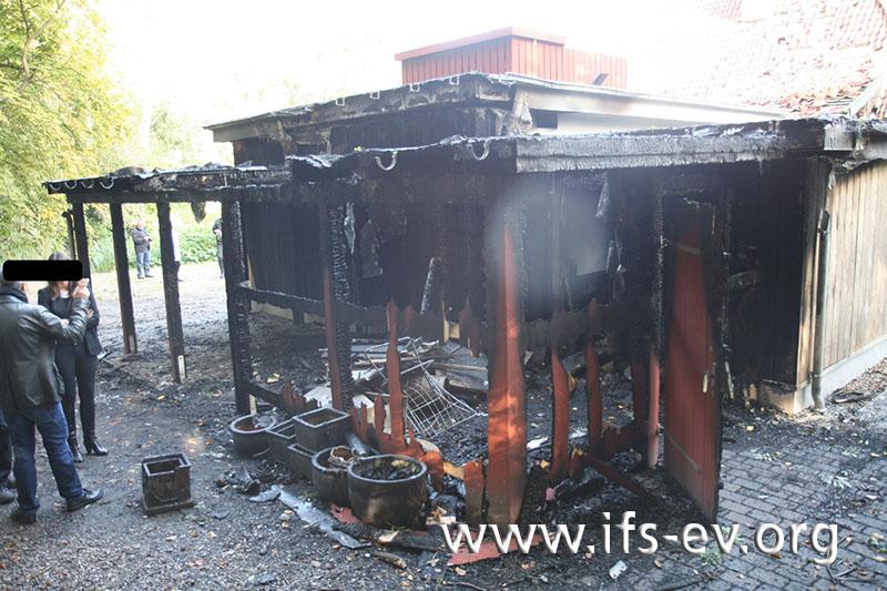 Die intensivsten Brandschäden gibt es am Anbau.