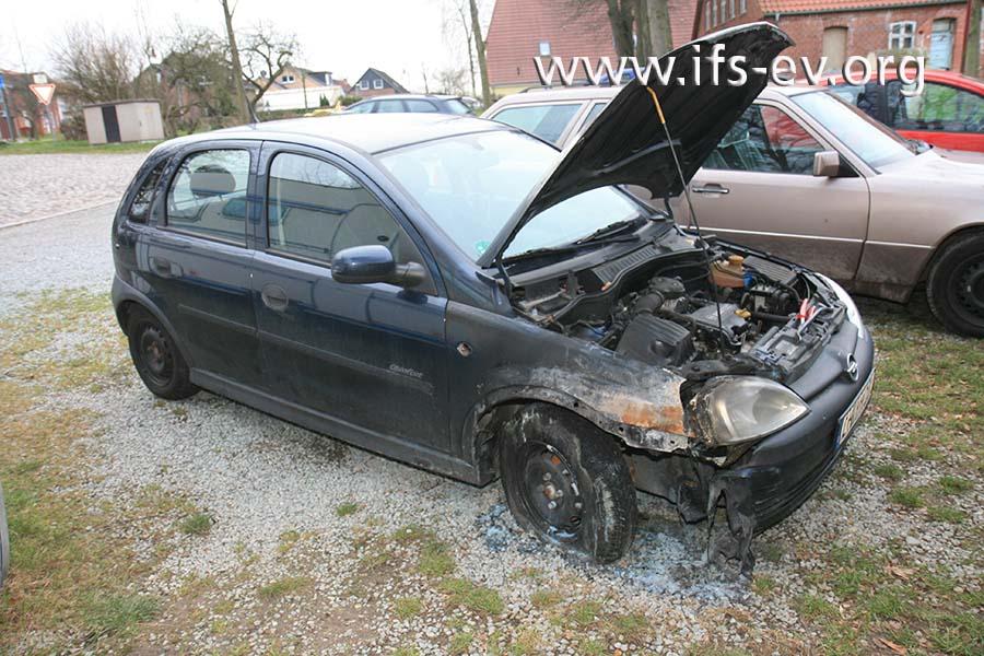 Der Wagen steht zum Untersuchungszeitpunkt noch auf dem Parkplatz.