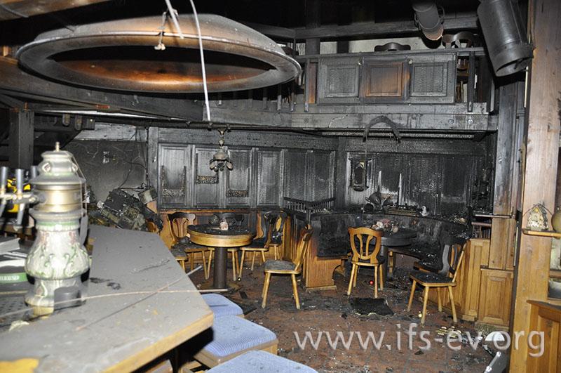 Blick auf den Brandschwerpunkt in der Gaststätte