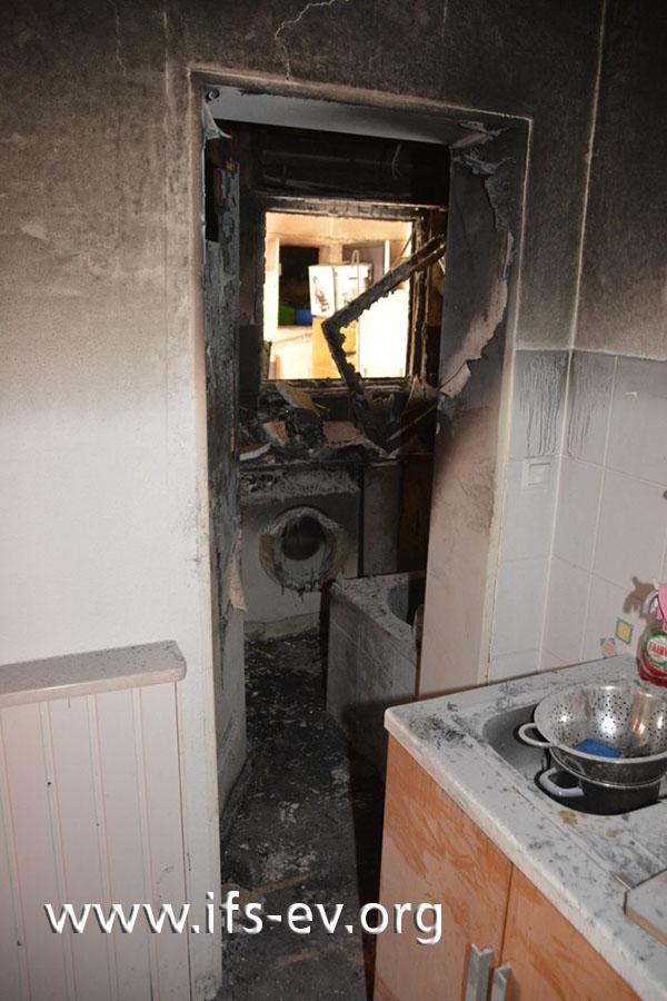 Das Feuer blieb auf das Badezimmer begrenzt.