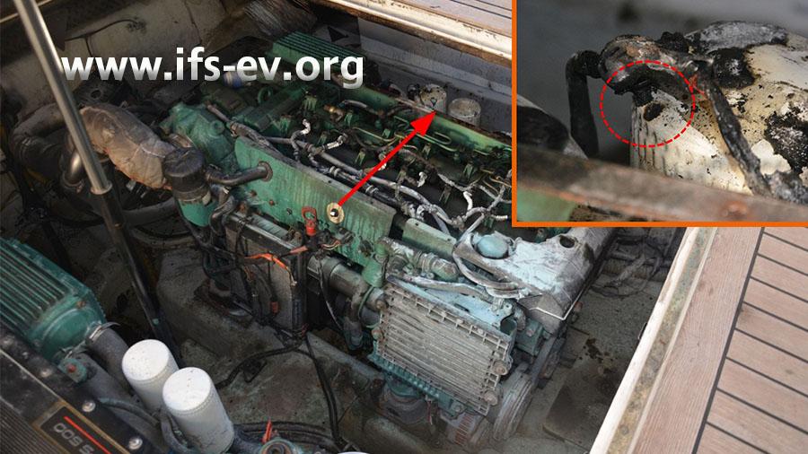 Der Brandschwerpunkt im Motorraum: In einem der Ölfilter der Backbordmaschine befindet sich ein Loch.