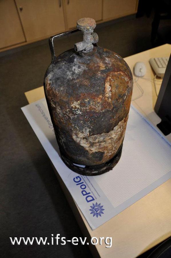 Die 5-kg-Gasflasche wurde von der Polizei sichergestellt.