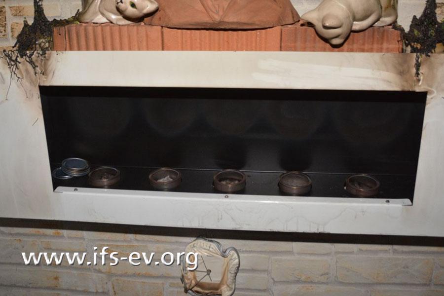 Der Ethanolkamin mit fünf Brennkammern