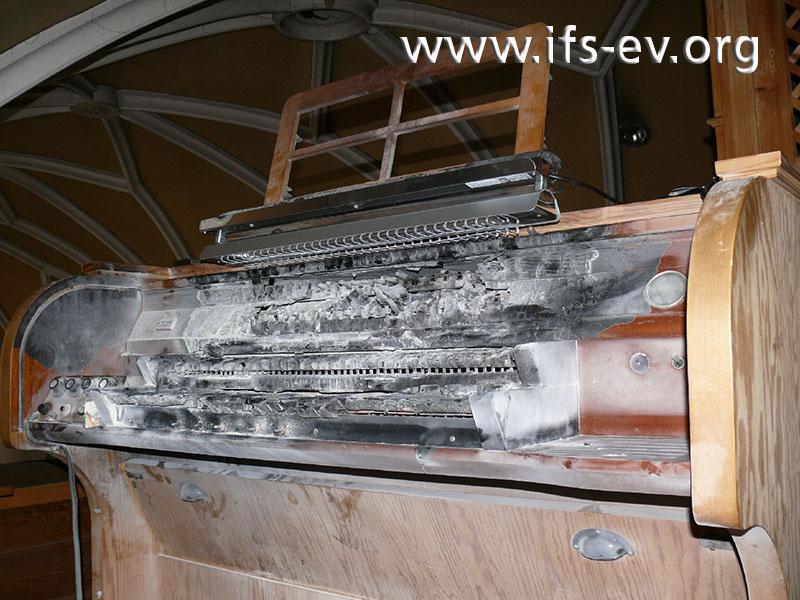 Mit einem Vergleichs-Wärmestrahler wurde die Situation am Schadentag rekonstruiert.