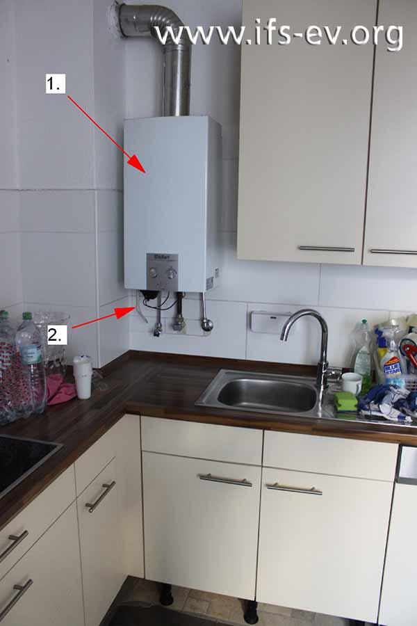Der Durchlauferhitzer ist in der Küche der Wohnung installiert.