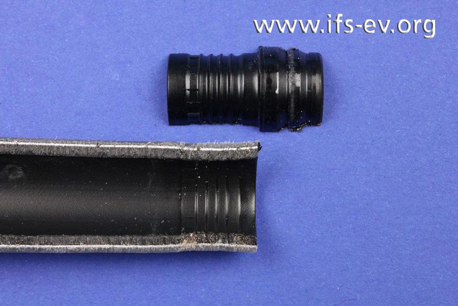 Bei fachgerechter Ausführung der Pressverbindung zeichnet sich auf der Rohrinnenseite deutlich das Profil der Stützhülse ab.