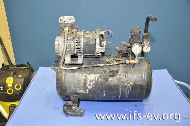 Der Kompressor wird im Labor untersucht.