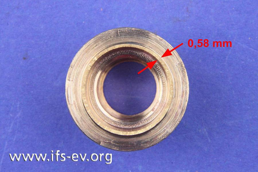 Im Bruchbereich beträgt die Wandstärke lediglich 0,58 mm.