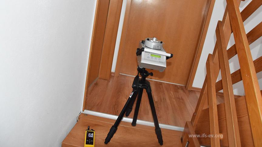 Weitere Messungen im Treppenhaus